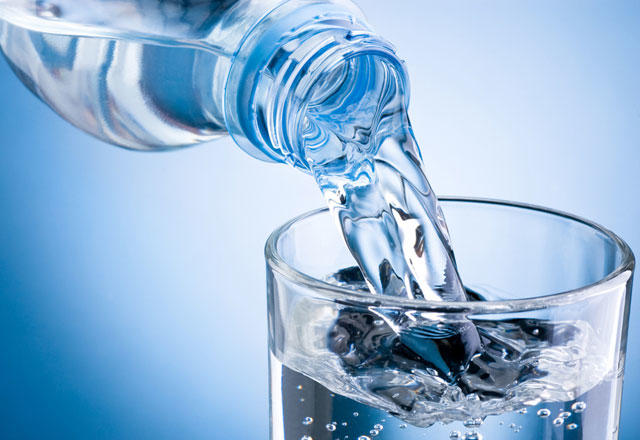 10 dərdin 1 dərmanı - Səhər acqarına su içməyin İNANILMAZ FAYDALARI